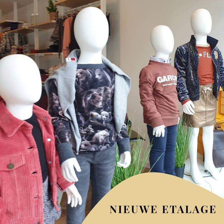 Window shopping 👀🛍 .