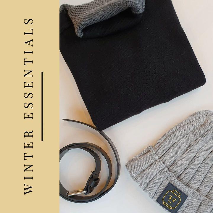 Winter essentials voor classy boys 😎❄ Tone to tone is altijd stijlvol. Combineer deze zwart