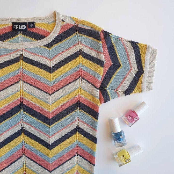 Hello Spring! ⚘ Hello colours! 🌈 De nagellakjes van @missnellaworld combineren perfect met dit superleuke topje @